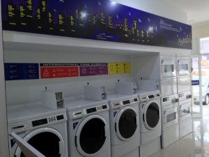 MESIN COIN LAUNDRY